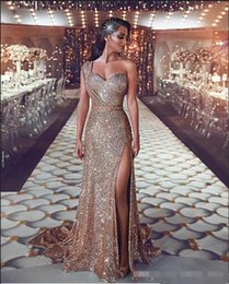 luxurious one shoulder dress Australia - Luxurious 2019 Arabic Split Bling Bling Evening Dresses One Shoulder Beaded Crystals Sequins Prom Dresses Sparkly Sexy Formal Party Gowns