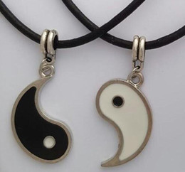 Ying Yang Pendant Wholesale Australia - Fashion Jewelry 10PCS lot Vintage Silver Holiday gifts - Yin Yang Necklaces 2 Pendants Best Friend Lovers YING YANG Necklace Set couple A200