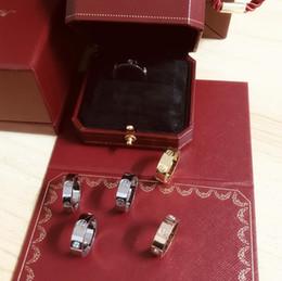 $enCountryForm.capitalKeyWord Australia - Love Rings screw titanium steel Diamond Rings European and American fashion refers to couples rose gold rings with Top original box gift