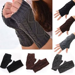 Reliable New Lady Rhinestone Fingerless Gloves Women Men Sparkling Knitted Girl Boy Black Wool Half Finger Computer Mitts Warm 7c2202 Back To Search Resultsapparel Accessories