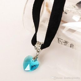 $enCountryForm.capitalKeyWord Australia - European and American casual velvet with heart-shaped Crystal Pendant Necklace Handmade Lace Black Heart Necklace multicolor optional female