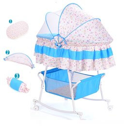 infant cradle beds UK - Baby Cradle Infant Bed Toddler Pram Newborn Shaker With Mosquito Net and Mattress Washable Fabric Baby Bed with wheels