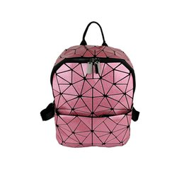 $enCountryForm.capitalKeyWord UK - Diamond Geometric Luminous glowing Sequins Female Backpack Geometric Women school backpacks for teenage girls mochila feminina