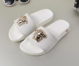Discount sandals slipper designing - 2019 Black Rubber Slide Fashion Sandal Slippers Green Red White Stripe Fashion Design Men Women with Box Classic Ladies