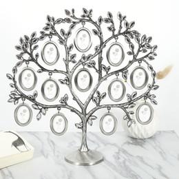 $enCountryForm.capitalKeyWord Australia - 30*30cm Family Tree Hanging Photo Picture 12 Frame Holder Table Top Desk Display Decor Newest Creative Fashion J190716