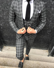 brown check suit NZ - Black White Check Classy Wedding Tuxedos Slim Fit Groom Suits Custom Made Groomsmen Prom Party Suits (Jacket+Pants+Vest) Groom Father Suit