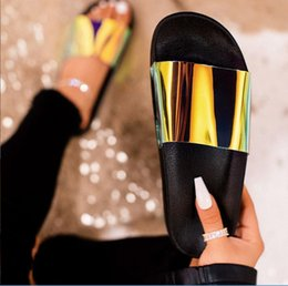 $enCountryForm.capitalKeyWord Australia - Fashion Summer Women Sandals Clear Shoes Slip-On Jelly Shoes Bling Ladies Flat Beach Sandals Outdoor Holiday Slides