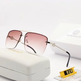 Glasses Trade Australia - 2019 brand men and women driving high definition large frame sunglasses polaroid hd resin lenses.Model no. : 026.Foreign trade for