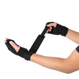 Taekwondo gloves online shopping - 1 Pair M M Boxing Handwraps Bandage Punching Hand Wrist Strap Belt Muay Thai Taekwondo Hand Gloves Training Protection