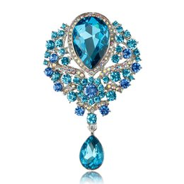 $enCountryForm.capitalKeyWord UK - Luxury Rhinestone Crystal Brooches shiny crystal flower Water Drop brooch pins for women men banquet jewelry Christmas gift 170262