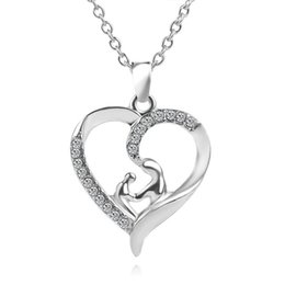 wholesale mum charms UK - Hot Sale Cute Mom Baby Luxury Love Heart Pendant & Necklace Silver Color Jewelry For MUM Mama Mother's Day Gift