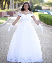 $enCountryForm.capitalKeyWord Australia - 2019 luxury vintage lace appliques off the shoulder Wedding Dresses lace up back Wedding Gowns Bride Dress robe de mariee