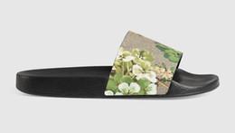 $enCountryForm.capitalKeyWord Australia - Designer Rubber slide sandal Floral brocade men slipper Gear bottom Flip Flops womens striped Beach causal slipper withs Box US5-11