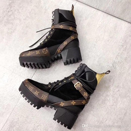 b093b1a04c6 Women Boots Thick Sole Laureate Platform Desert Boot Lady Shoes Boots  1A41Q7 Genuine Leather Casual Shoes Bottes Femmes Fashion Ankle Boot