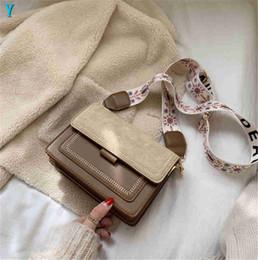 Phone broadband online shopping - Designer Luxury Shoulder Bag Young Girls Satchel Fashion Cross Satchel Small Newset Square Korean Retro Broadband Shoulder Bag Flowers Y