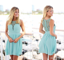 boho lace prom dress UK - 2020 Mint Green Short Country Boho Bridesmaid Dresses Crochet Lace Chiffon Knee Length Summer Beach Bridesmaid Gowns Cheap Prom Party Dress