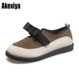 Discount slip female shoes - 2019 New Fashion Spring Women Flats Slip-On Mixed Colors Butterfly Knot Shoes Woman Round Toe Female Soft flat shoes f05