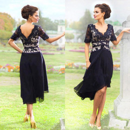Wedding mother bride goWns online shopping - Navy Blue Chiffon Lace Knee length Mother Of the Bride Dresses Summer Beach Wedding Party Dress Half Sleeve Plus Size Cheap Gown