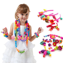 $enCountryForm.capitalKeyWord Australia - 350pcs DIY Bricks Toys Candy Sugar Jewelry Puzzle Toys Handmade Plastic Educational Pop Beaded Assembled Blocks for Kids Girl