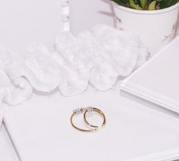 $enCountryForm.capitalKeyWord Australia - hot Classical Round Shape Design Stud Earrings Gold Color Simple Style Elegant Jewelry For Women Ladies Earrings