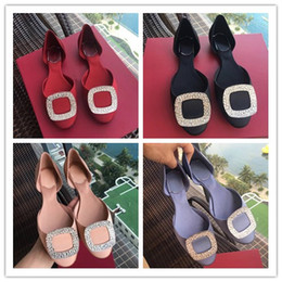 Crystal Chips NZ - Chips Ballerinas plat shoes with crystal buckle round toe fashion side Hollow out women sandals elegance girls silk loafers