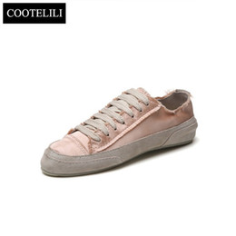 $enCountryForm.capitalKeyWord NZ - Autumn Frazzle Vintage Gloss Flat Oxford Shoes For Women Flats Designer Casual Canvas Shoes Lace Up Ladies Shoes Pink White