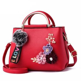 Hands Bag Flowers Australia - goood quality Hot New Fashion Flowers Bag Women Handbag Lady Messenger Shoulder Bag Trend Small Hand Bag Female Tote Famous Brands