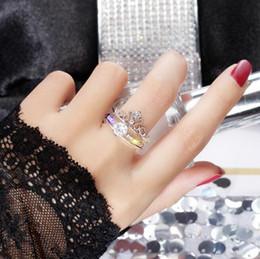 Venta al por mayor de Sonido vibrante con el anillo de corona hembra dos en una red anillo de magia roja Japón y Corea del Sur anillo de la marea