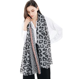leopard scarf cotton Australia - Autumn and winter ladies fashion new soft cotton and linen tassel scarf shawl leopard street shooting warm scarf