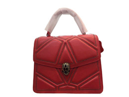 $enCountryForm.capitalKeyWord UK - Star of the same style of womens handbags in 2019 leisure handbags Europe and the United States sheepskin factory supplies one by one