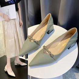 Top shop women dresses online shopping - 2019 fashion brand Women s new fall slip top heels are comfortable retro granny pumps with Mary Jane kitten heels free shopping