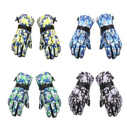 Wholesale Outdoor Winter Camouflage Gloves Male Waterproof And Windproof Gloves Anti Skid Riding Thickened Warm Ski
