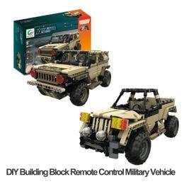 DIY Building Block Fernbedienung Militärfahrzeuge RC Military Hummer / Pickup Truck USB Ladung Coole Geschenke für Kinder im Angebot