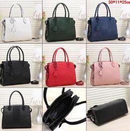$enCountryForm.capitalKeyWord Australia - New Fashion Lady Hand bag PU Leather Handbags Designer Lady Shoulder Bags Women Wallet Clutch Tote bag Vertical stripe Casual Tote 6 Colors