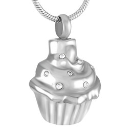 China IJD8670 Stainless Steel Cupcake Cremation Necklace Memory for Ashes Urn Memorial Souvenir Pendant with Snake Chain Jewelry suppliers