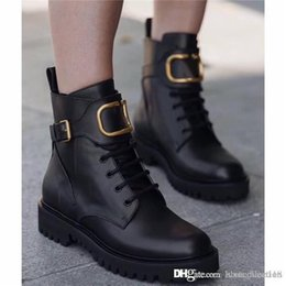 Black comBat Boots heel online shopping - 2019 Women Winter calfskin leather combat boot Womens Martin Ankle high panelled buffed leather boots in black come with Box Size