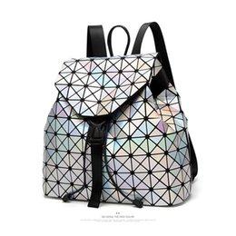 Marke Modedesigner Rucksack Luxus Männer Frauen Rucksäcke Laser Rucksack Reiserucksack Sport Taschen Studenten Schultaschen Hohe Qualität im Angebot
