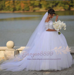 $enCountryForm.capitalKeyWord Australia - 2019 off the shoulder Ball Gown Wedding Dresses Sheer Neck Lace Puffy Tulle Chic Bridal Gown Custom Made Country Style vestido de novia