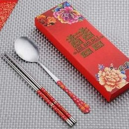 double happiness wedding gift Australia - Stainless Steel Dinnerware Double Happiness Red Color Spoons Chopstick Sets Wedding Party Gifts For Guest EEA656