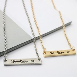 Necklaces Pendants Australia - Ingenious Lovers Necklace Love Letters Pendants Necklace Alloy Arrow Through Heart Short Chain Necklace Jewelry Gift K6102
