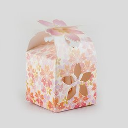 $enCountryForm.capitalKeyWord Australia - Candy Box for Weddings Lotus design Cardboard Boxes Baby Shower Candy Box Packaging Gift Bags Wrapping Supplies 50pcs lot