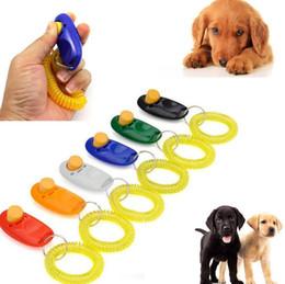 $enCountryForm.capitalKeyWord Australia - Pet Trainer Pet Dog Cat Training Dog Clicker Adjustable Sound Key Chain and Wrist Strap Doggy Train Click Pet Training Tool Top Quality