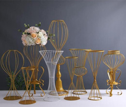 wedding table cloths wholesale Australia - 89cm Tall Metal Wedding Road Leads Flower stand Wedding Aisle Decorations sparkly gold road lead flower vase