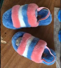 5A Pantofole pelose da donna Australia Fluff Sì Sì Scarpe da ginnastica design Stivali di moda Designer di lusso Sandali da donna Pelliccia Scivoli Pantofole in Offerta