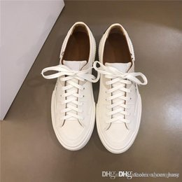 $enCountryForm.capitalKeyWord Australia - 2019 Latest men casual sports shoes,White leather Rubber flat running and hiking shoes,With boxs Size 38-44