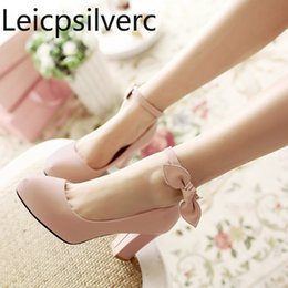Wholesale Pumps Spring and autumn The New fashion Round head Buckle butterfly Knot Thick heel High heel Women s shoes