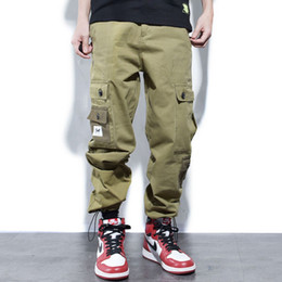 jeans cargo Australia - Japanese Style Fashion Men Jeans Loose Fit Big Pocket Cargo Pants homme American Streetwear Hip Hop Joggers Pants Harem Trousers