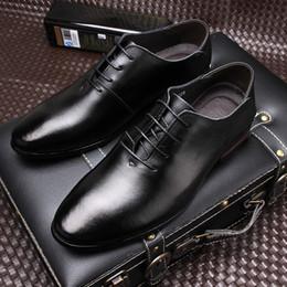 Massage Hot Man Australia - England Leather Man Dress Business Genuine Leather Male Wedding Dress Shoes Casual Shoes Men Fashion Hot Selling