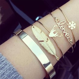 $enCountryForm.capitalKeyWord Australia - 4 Pcs  Set Fashion Retro Women Leaves Elk Love Snowflake Open Bracelet Exquisite Party Gold Bracelet Set