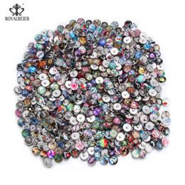 $enCountryForm.capitalKeyWord Australia - Royalbeier 100pcs lot Mixed Beautiful Patterns Charms 18mm Glass Snap Button For Diy Snaps Jewelry Random Delivery Kzhm151 J190625